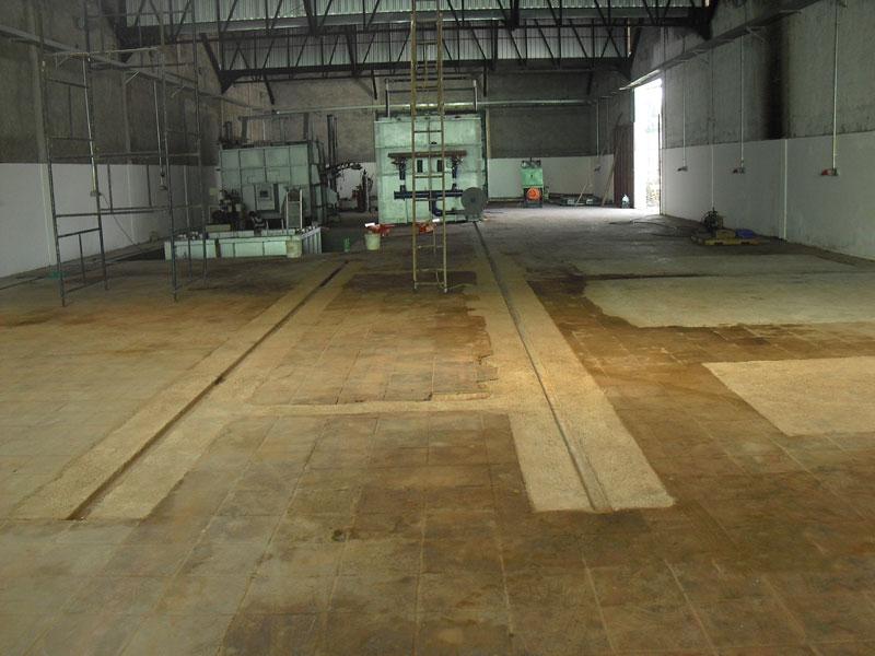 Construção de base para caminho de rolamento de carrinho de tarugos de 20T