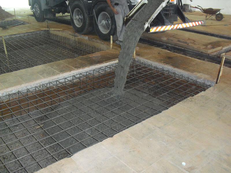 Construção de base para Forno Basculante de 50T