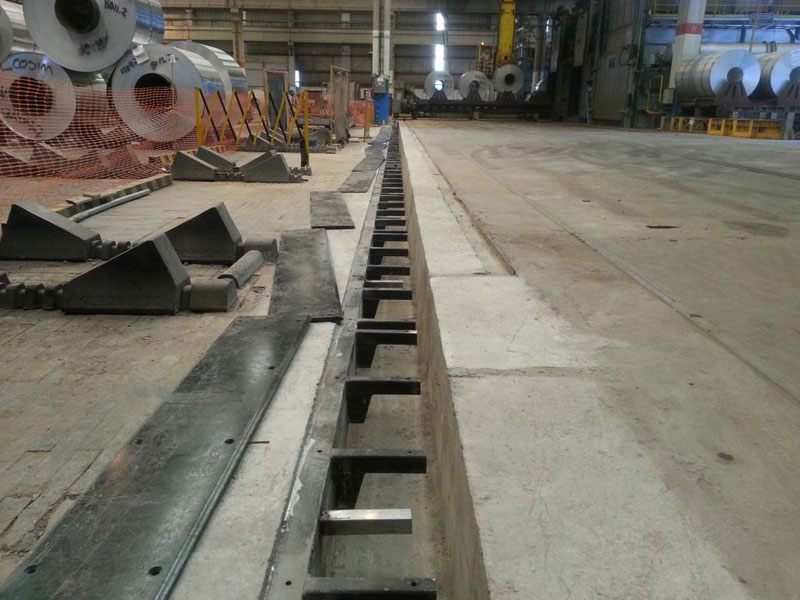 Construção de caminho de rolamento para carrinho do Laminador Industrial