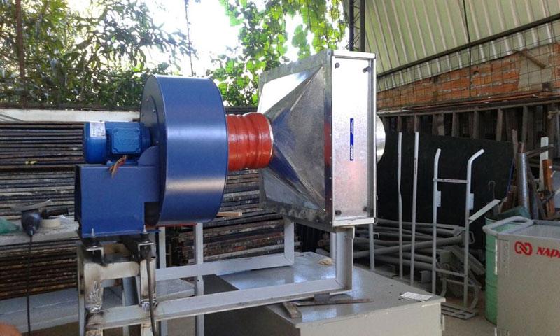Fabricação e montagem de Sistema de Insuflador, Refrigeração e purificação de ar para Cabine de Comando