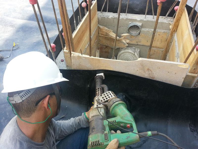 Impermeabilização de bacia de contenção para residuos