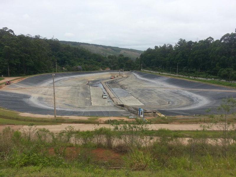 Impermeabilização e reforma Lagoa de Efluente Industrial